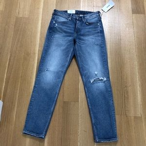 NEW H&M girlfriend fit jeans size 27